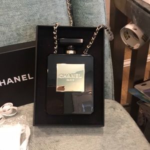 NWT CHANEL CROSS BODY HANDBAG